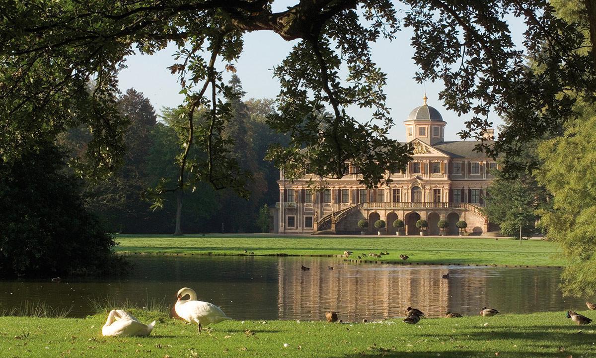 Schloss Favorite Rastatt, Schlossgarten; Foto: Staatliche Schlösser und Gärten Baden-Württemberg, Andrea Rachele